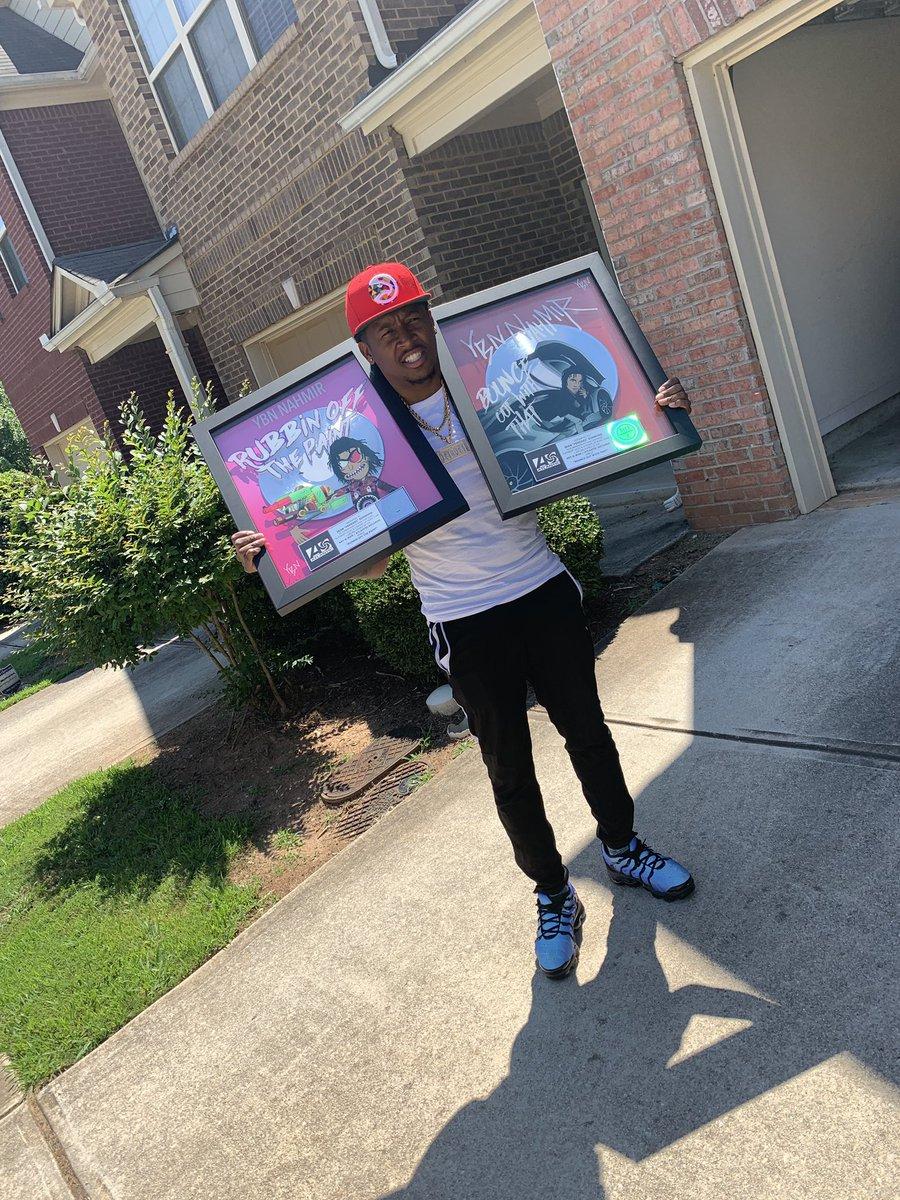 Platinum Plaques in the Mail w/ my name on it 💿💿✊🏾‼️ Thx @YBNNahmir ❌ @gunnz205 ✊🏾🙏🏾‼️