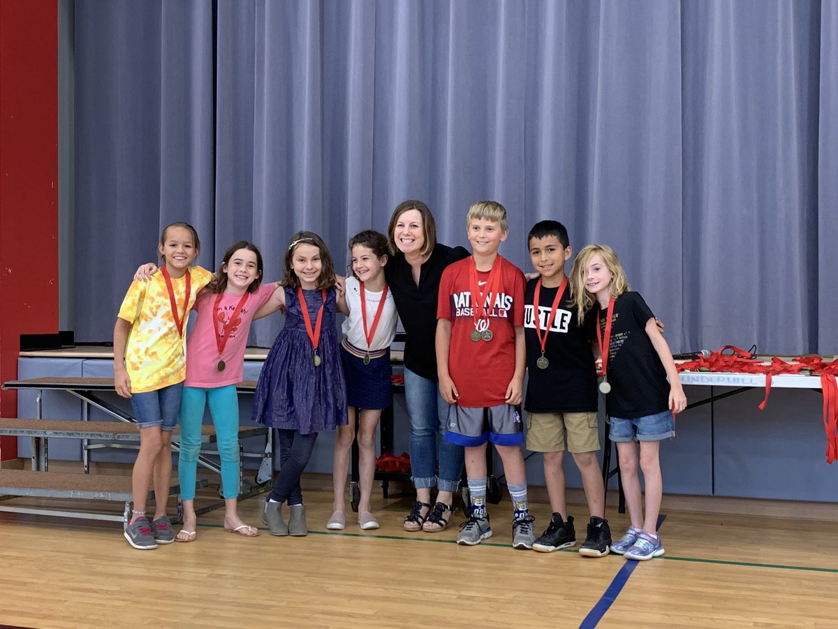 Congratulations, <a target='_blank' href='http://twitter.com/AbingdonGIFT'>@AbingdonGIFT</a> 3rd graders! You are all leaving 3rd grade as better version of yourselves because of every time you tried your hardest, every time you didn't give up, and every time you chose kindness! 😃 <a target='_blank' href='https://t.co/zv6av3urTo'>https://t.co/zv6av3urTo</a>