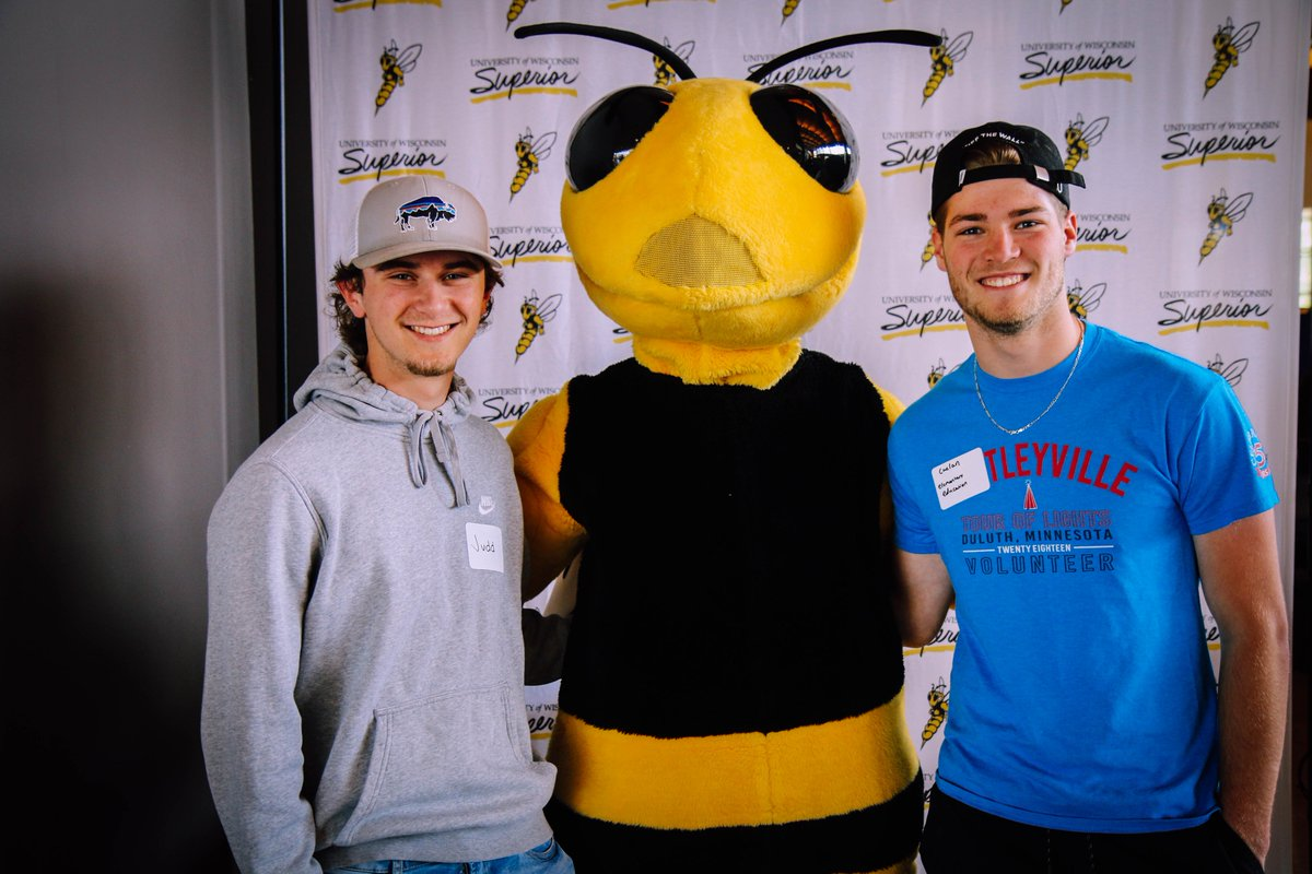 It's great to have so many new students on campus today for Summer Orientation Advisement and Registration. Welcome, Yellowjackets! #WeAreSuperior https://t.co/1TYlEV8Xhe
