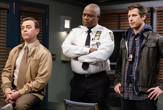 .@NBCBrooklyn99 is one of @TVLine's 10 Best Comedies of the Decade tvline.com/gallery/best-c… #Brooklyn99