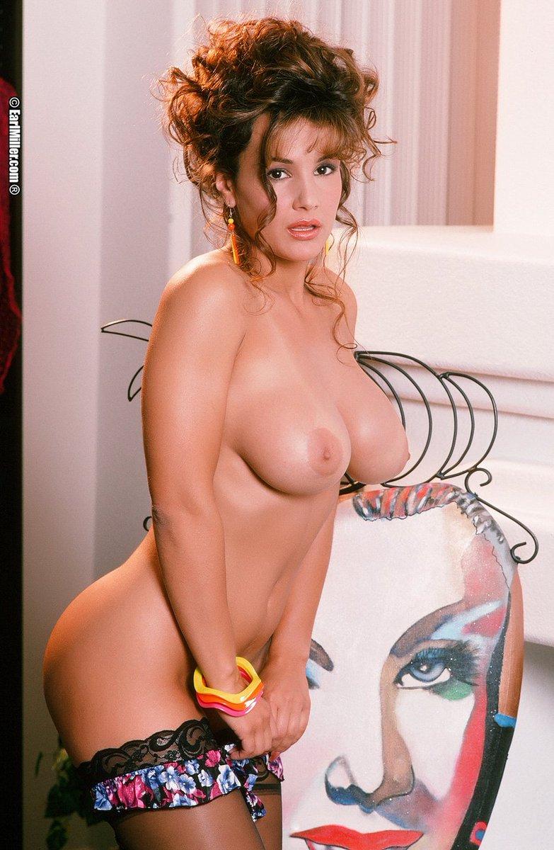 Kelley Lebrock Nude