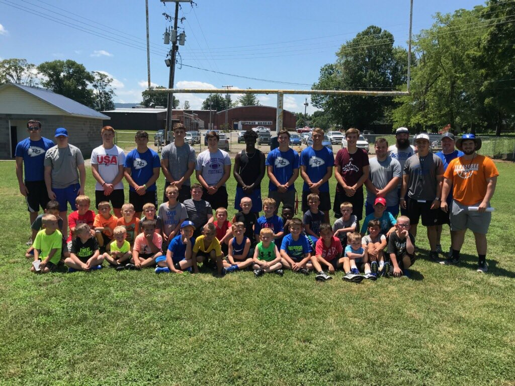 Special thanks to Little Blue for having us down today to help work with their camp! #bluepride <br>http://pic.twitter.com/kjcP0cfmUB
