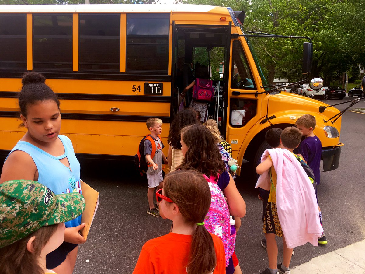 Bittersweet <a target='_blank' href='http://twitter.com/APSMcKCardinals'>@APSMcKCardinals</a>. The last day of school!  We did it together! <a target='_blank' href='https://t.co/WbFPhiwTPG'>https://t.co/WbFPhiwTPG</a>