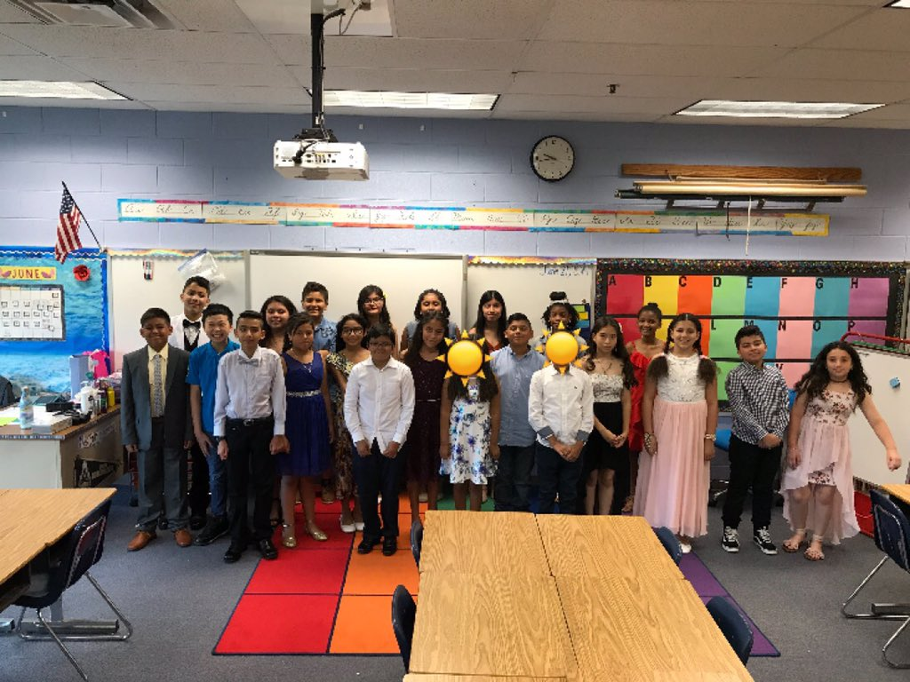 RT <a target='_blank' href='http://twitter.com/MsStephensonCS5'>@MsStephensonCS5</a>: These awesome fifth graders are off to sixth grade! Have a great summer! ☀️<a target='_blank' href='http://twitter.com/apscspr'>@apscspr</a> <a target='_blank' href='https://t.co/wkXrweTCZq'>https://t.co/wkXrweTCZq</a>