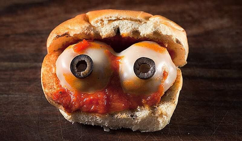 Grilled EYEBALL Parmesan on Toasted Roll via BBQ Guru #GhastlyGastronomy <br>http://pic.twitter.com/SMBvDtFxYU