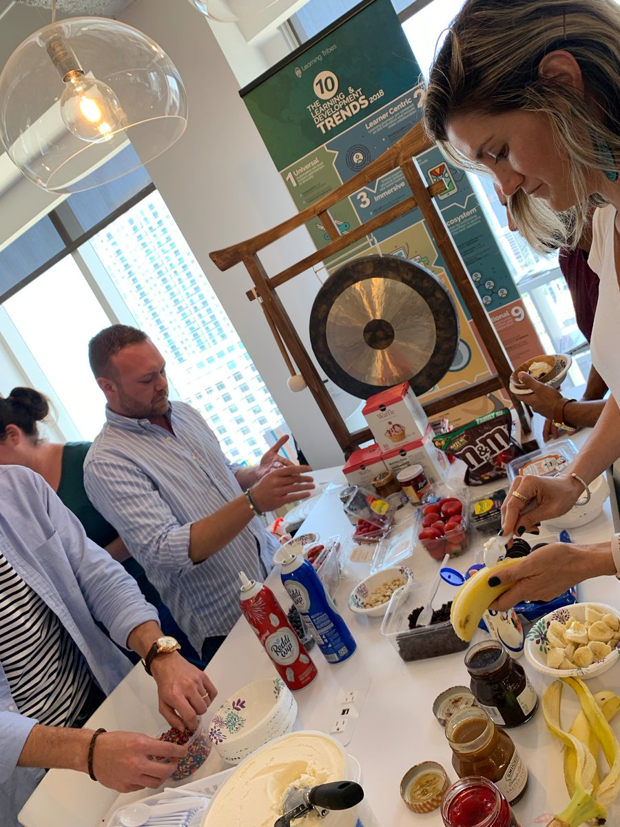 Ice cream social with our friends from @TSCAmericas! #TeamBuilding #HappyFriday <br>http://pic.twitter.com/DIgXIc2V4H