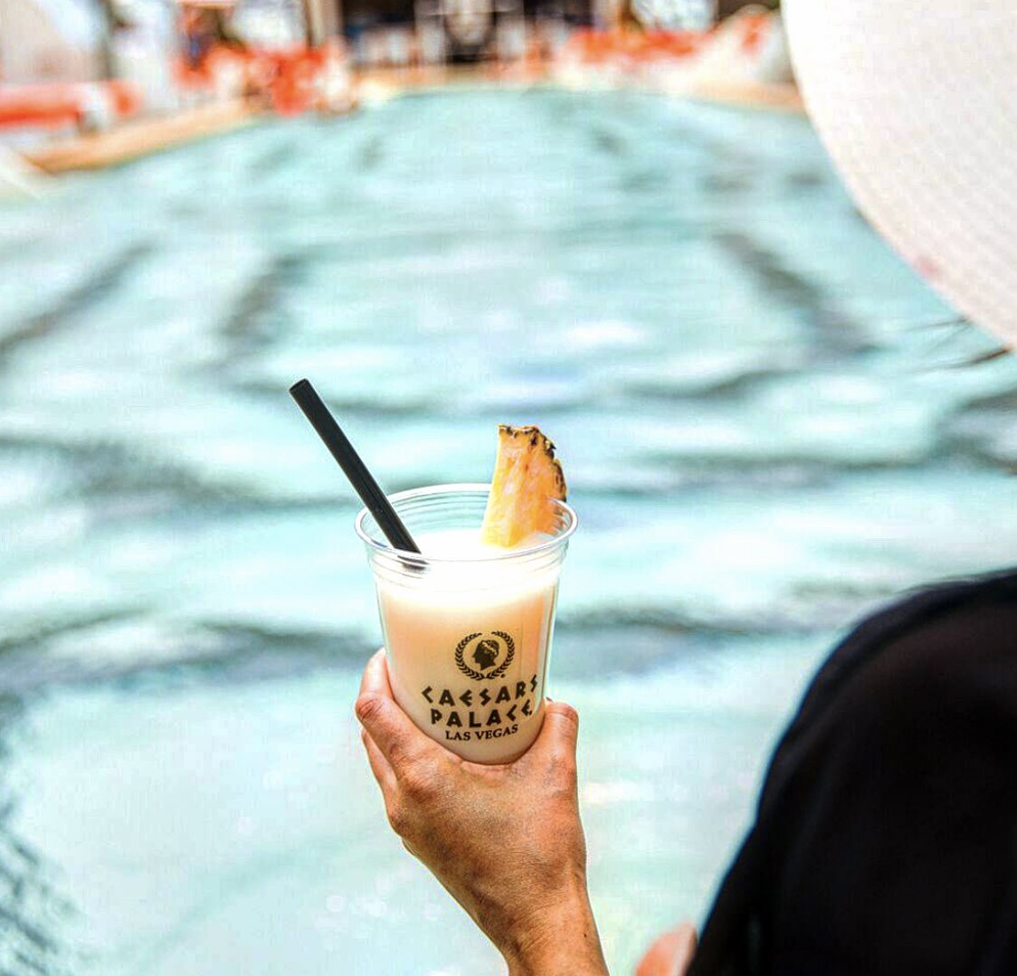 Raise your  for the weekend! #HappyFriday #VegasSummers<br>http://pic.twitter.com/eEGVJl4y6Z