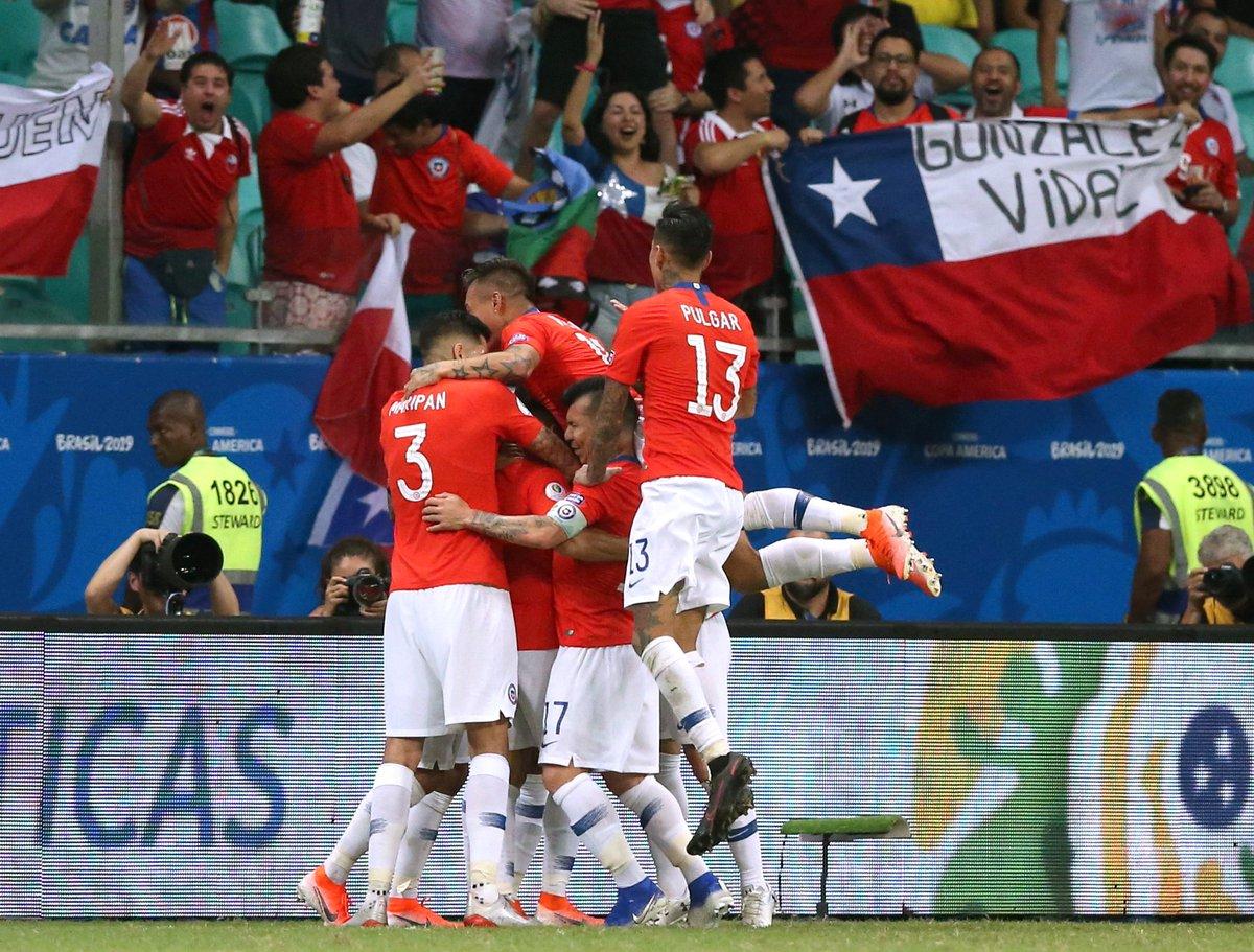 Копа Америка. Прекрасный гол Алексиса Санчеса и 44 фола - Чили обыграл Эквадор - изображение 1