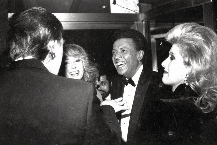 In a statement, Trump says he never met E. Jean Carroll....This is a photo of them together.