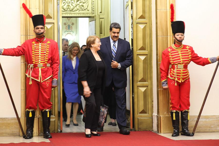 Tag onu en El Foro Militar de Venezuela  D9ogu94W4AALVBB