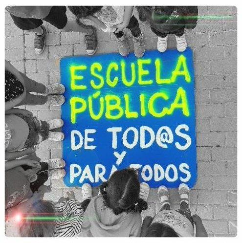 Mucho ánimo y suerte a todxs lxs @ADIMA_interinxs que opositan hoy.Un colectivo muy importante en la #EducaciónPública.Por una educación pública fuerte y de calidad. @R_vanGrieken más plazas para bajar el alto porcentaje de interinxs en @ComunidadMadrid  #oposicionesdocentes2019