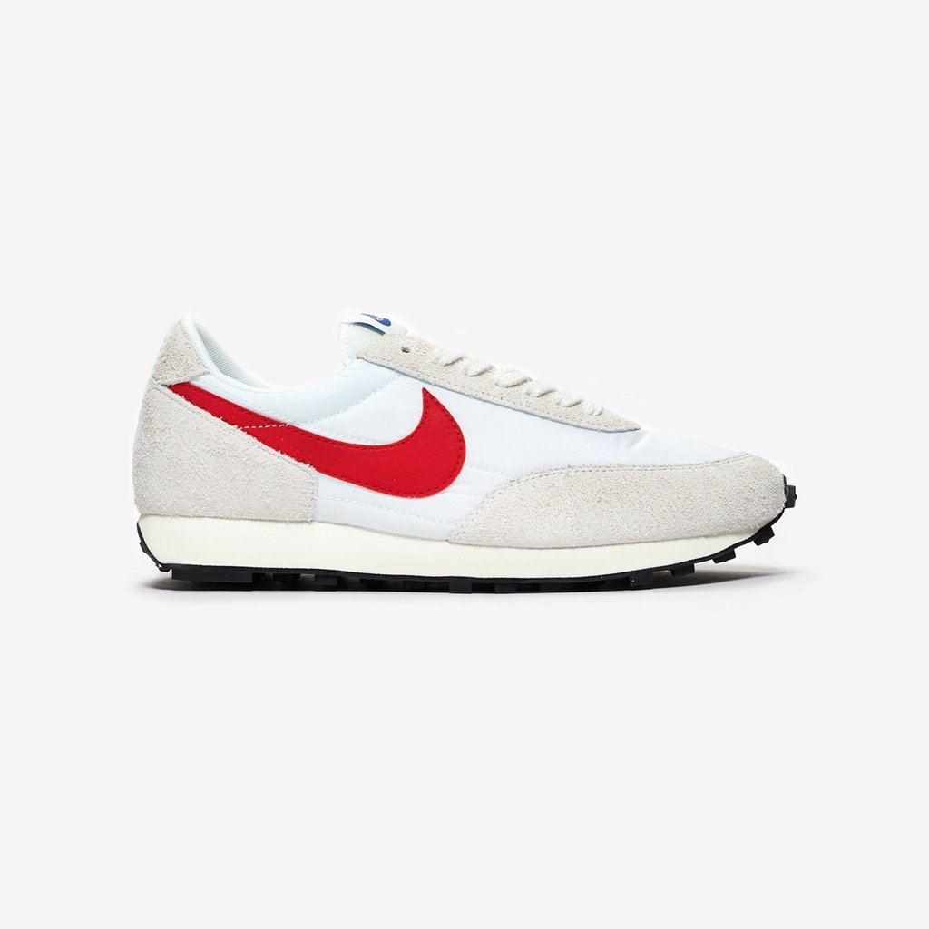 6a9e4b4f685 The @Nike DBreak SP is now available online & in-store (Paris, London,  Berlin, Stockholm) @sneakersnstuff --- http://bit.ly/2FlSWcC  pic.twitter.com/ ...