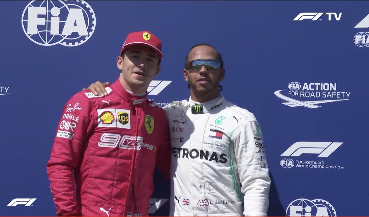 Lewis Hamilton يحقق البول لجائزة