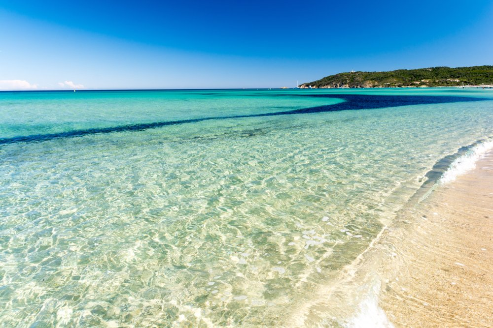 French Riviera Beaches https://accessriviera.wordpress.com/2019/06/09/french-riviera-beaches/…