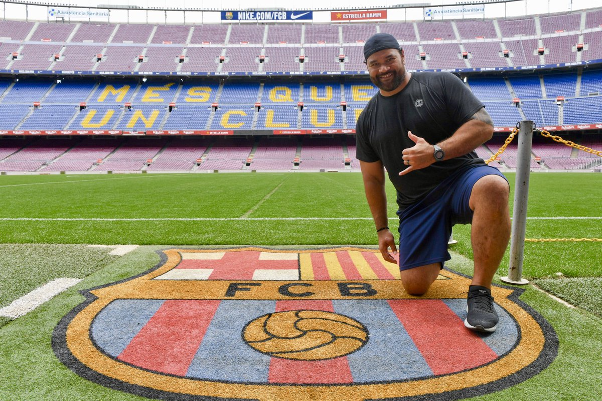 test Twitter Media - Thanks for visiting, @Haloti_Ngata92! 🏈 📍 Camp Nou https://t.co/j6MBJT5hdS