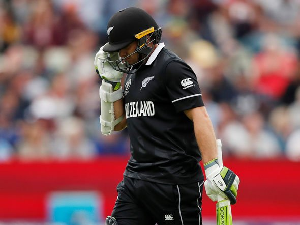 And #TomLatham departs for 12!The New Zealand batsman lifts a #SheldonCottrell delivery straight up into the air, thanks to a top edge, and the ball comes back down to nestle safely in Cottrell's grateful hands. 🇳🇿217/4 after 43 oversLIVE: http://bit.ly/FP_WIvsNZ#WIvNZ