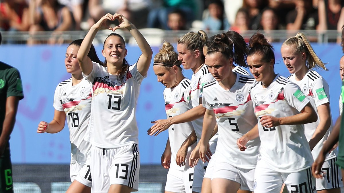 womens football increasing - 1200×675