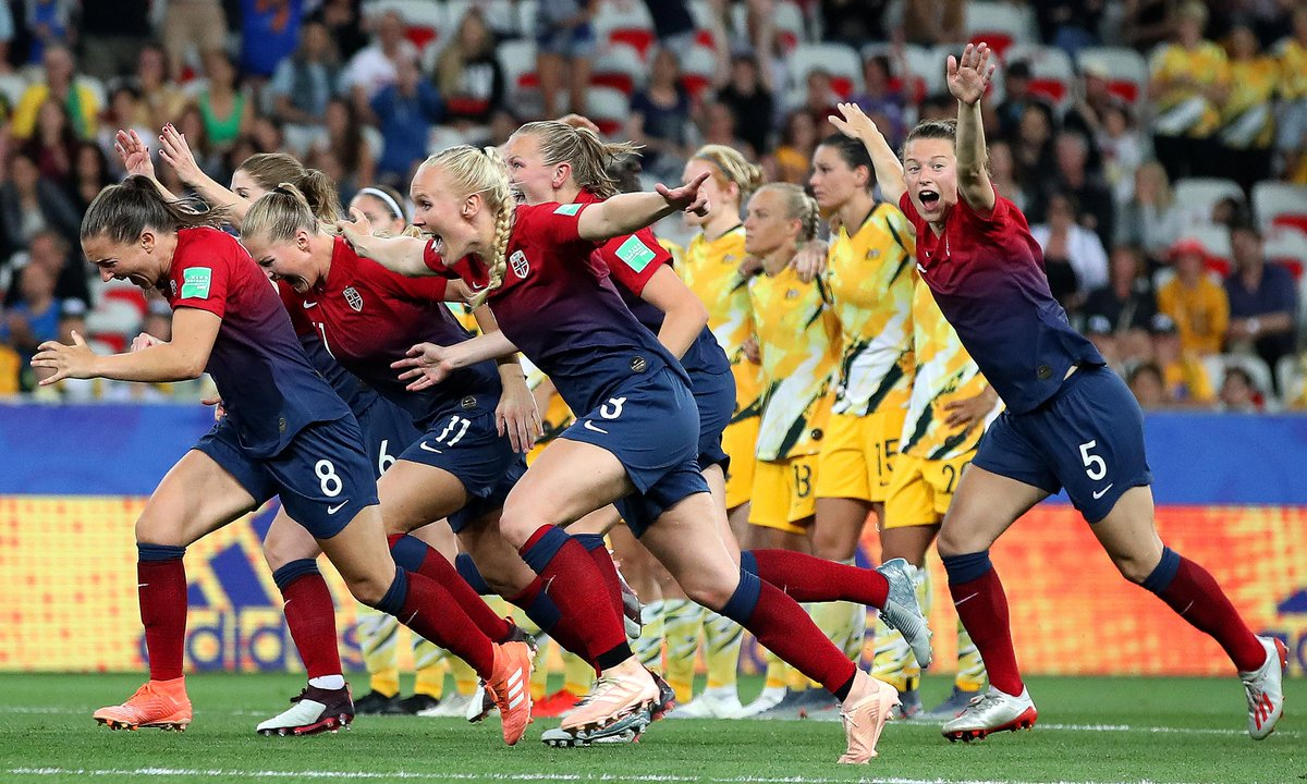 In an enthralling round of 16 affair, #NOR sent #AUS packing on penalties.➡️https://yhoo.it/2KAXWOK