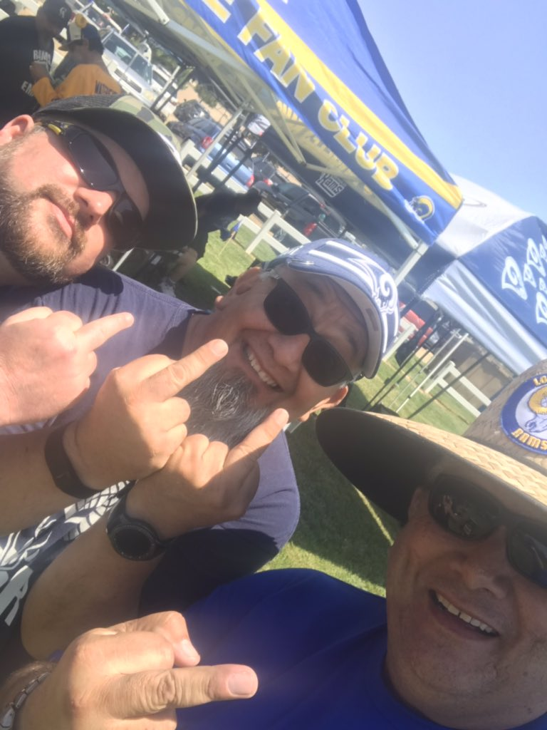 @Vincent7597 @RamsEmpire @RamsNFL Giving you sh*t 'cause you're not here. here!!