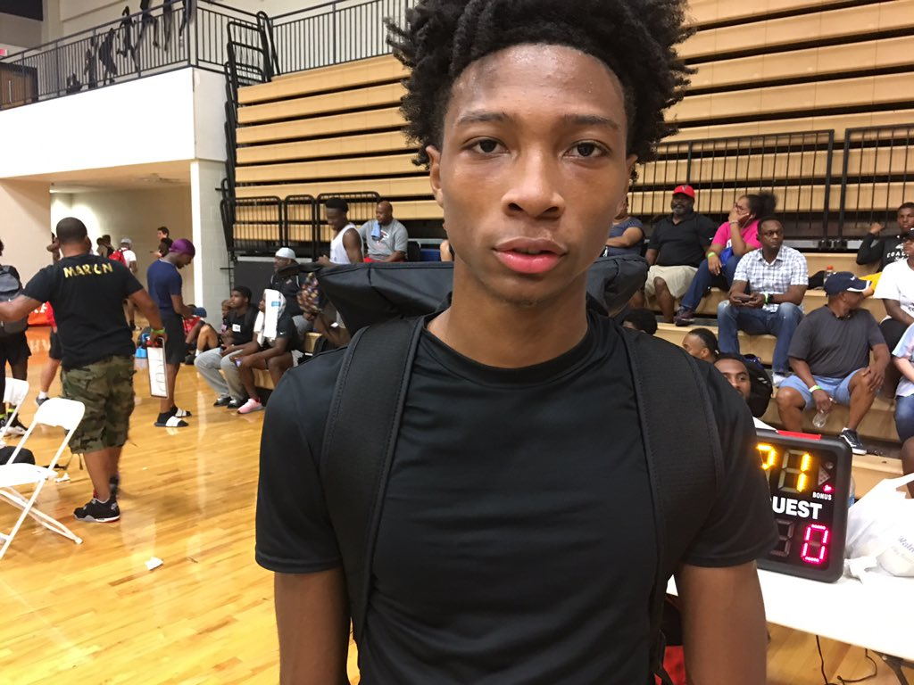 Despite playing with a stress fracture the talent of Lithonia guard Eric Gaines is evident to everyone in attendance today. Athleticism and playmaking are the guards strongest perks to date.  Several in state programs have prioritized the 2020 guard.