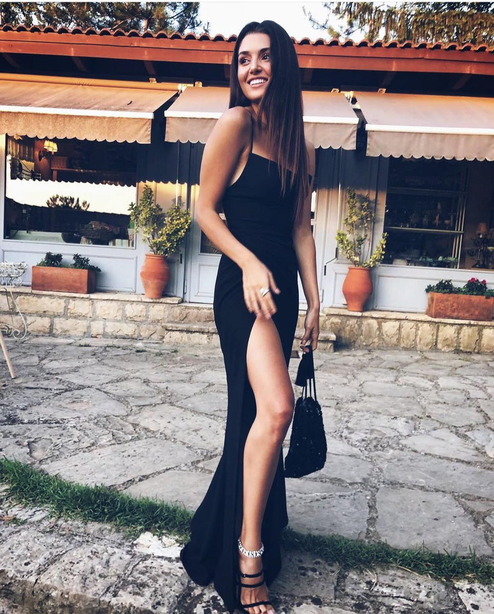 a Really Queen for sure  #HandeErçel  <br>http://pic.twitter.com/GWHolud4FM