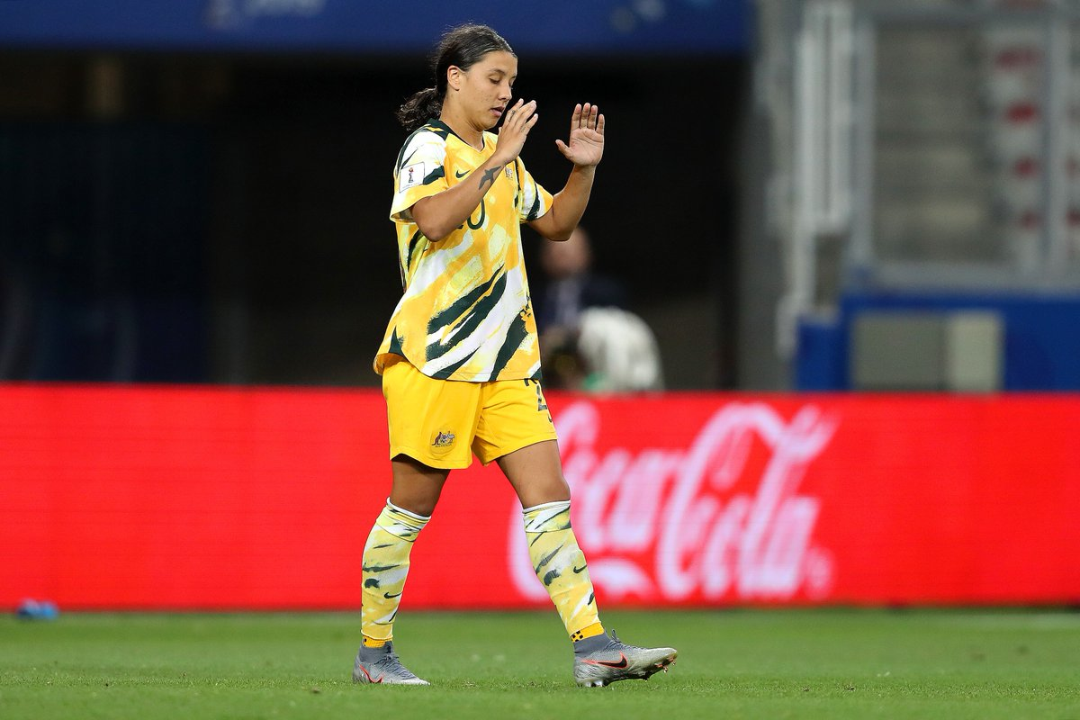 Penalty heartbreak for Sam Kerr's #AUS#NOR are into the #FIFAWWC quarter-finals 🙌