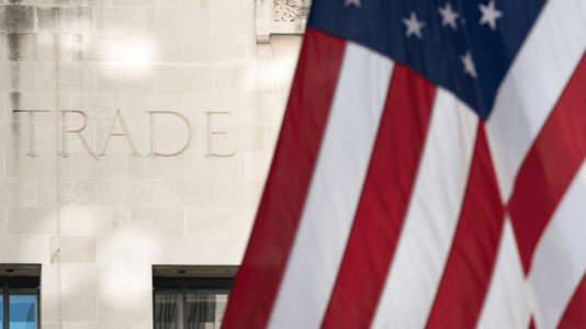 Free Trade and the 'Cheap Goods'Delusion https://amgreatness.com/2019/06/22/free-trade-and-the-cheap-goods-delusion/…