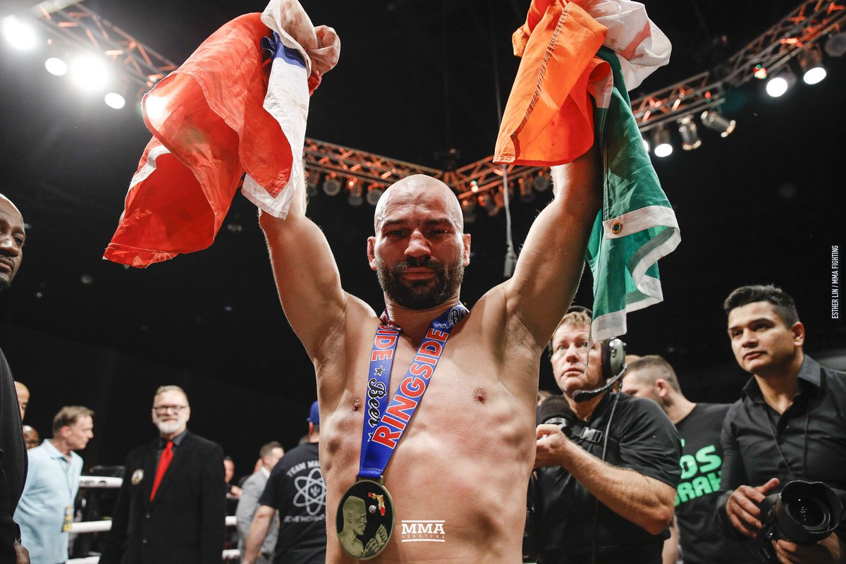 Artem Lobov closes his rivalry with Paulie Malignaggi with hard fought unanimous decision win at #BKFC6 https://www.mmafighting.com/2019/6/23/18714159/bkfc-6-results-artem-lobov-earns-unanimous-decision-over-paulie-malignaggi-in-bare-knuckle-brawl?utm_campaign=damonmartin&utm_content=chorus&utm_medium=social&utm_source=twitter…