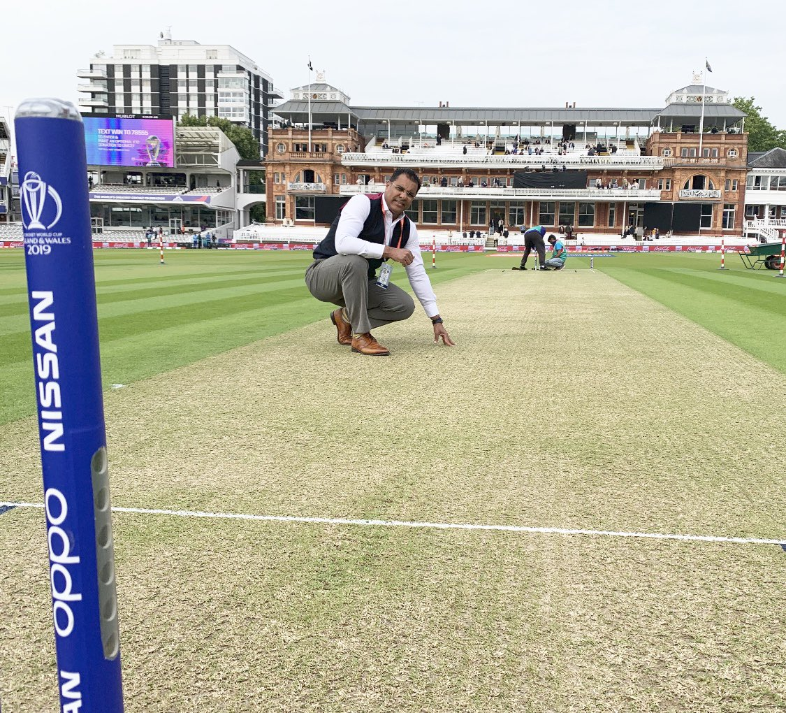 Always fun coming back at #Lords Pitch looks little grassy...Let's win this one Pakistan #PAKvsSA @HomeOfCricket