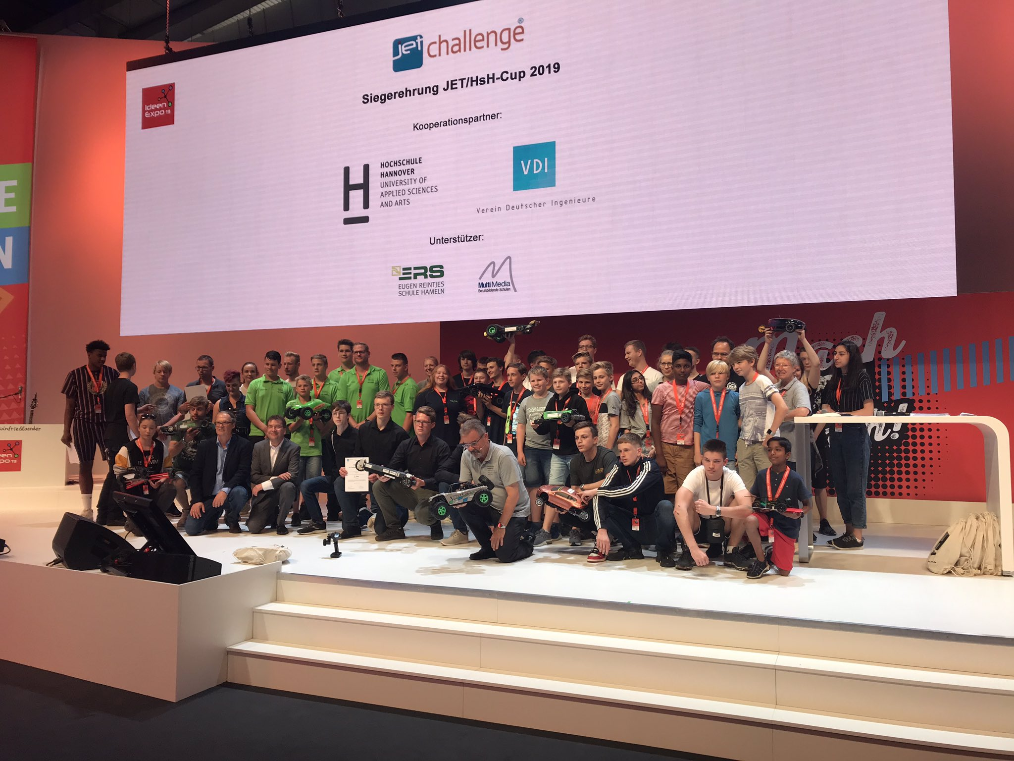 Rachel Hovington On Twitter Hochschulehannover Applied Sciences And Arts Jetchallenge Ishrlearns Students Ideenexpo Award Ceremony N3thelp Https T Co Fcemi4wyb3