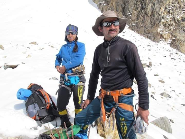 Rescue Operation at Malvine Jones Peak Ishkoman, Ghizer  The rescue team of mountaineers from Shimshal have found the body of the missing climber Imtiyaz Ahmed.  The team is in the process of shifting the body to base camp. #mountains #adventure #TravelTuesday