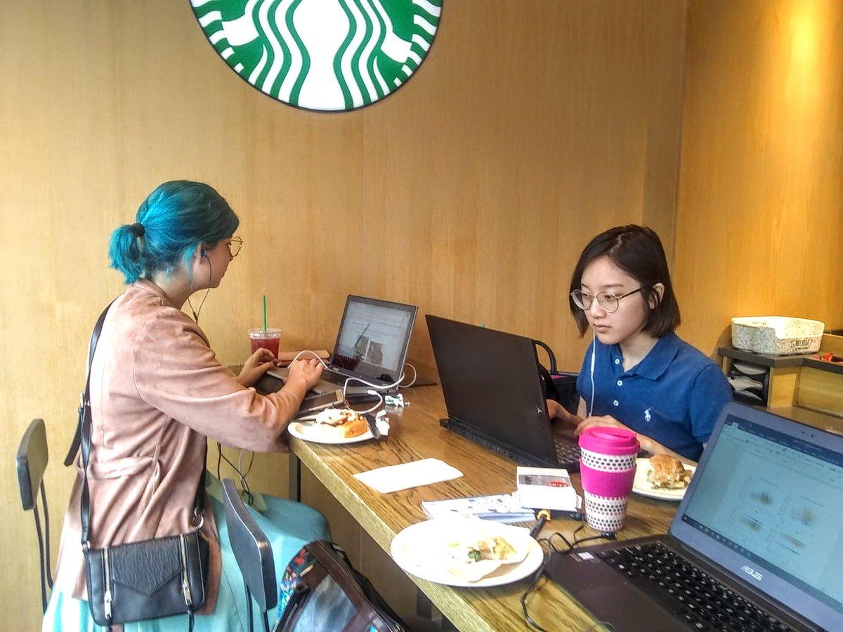 Study session with the lovely @kawaishiri. #stayudacious #udacityfacebookscholar #worklifebalancefail pic.twitter.com/8ve1So2Whq