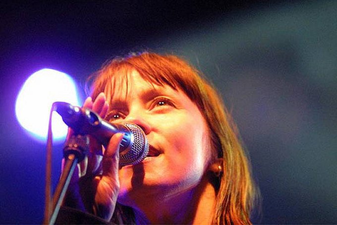 7 11  Happy birthday Suzanne Vega