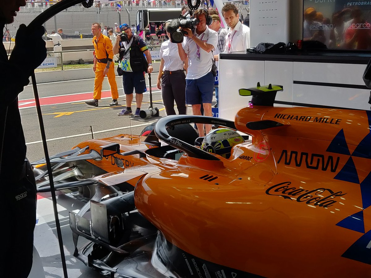 Time to head out. 🏁🇫🇷  Good luck today, team. 🧡