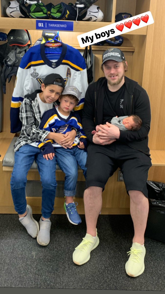 Vladimir Tarasenko (@tara9191) on Twitter photo 2019-06-24 00:53:37