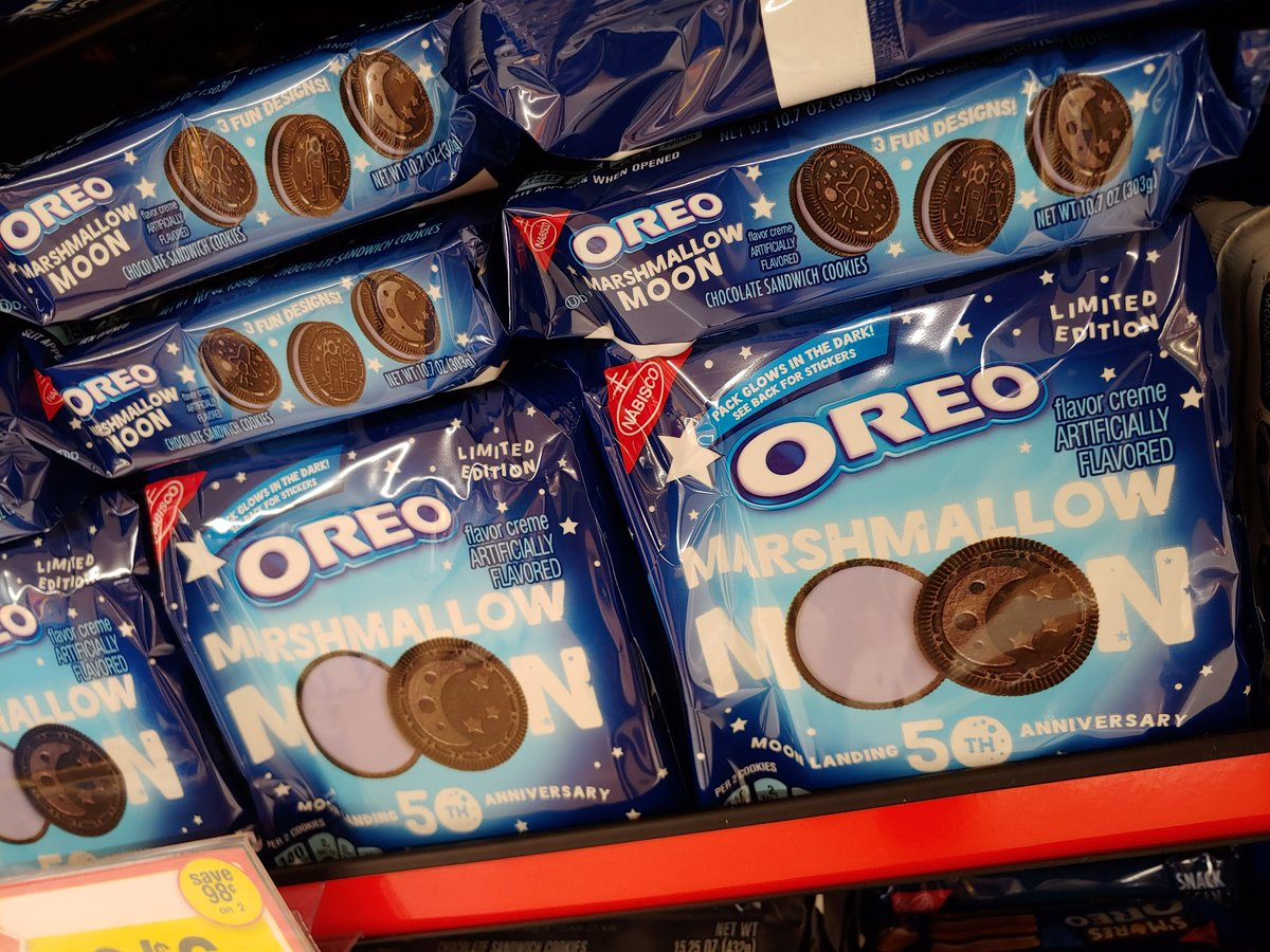 Oreo Marshmallow Moon cookies in #Pennsylvania #oreos