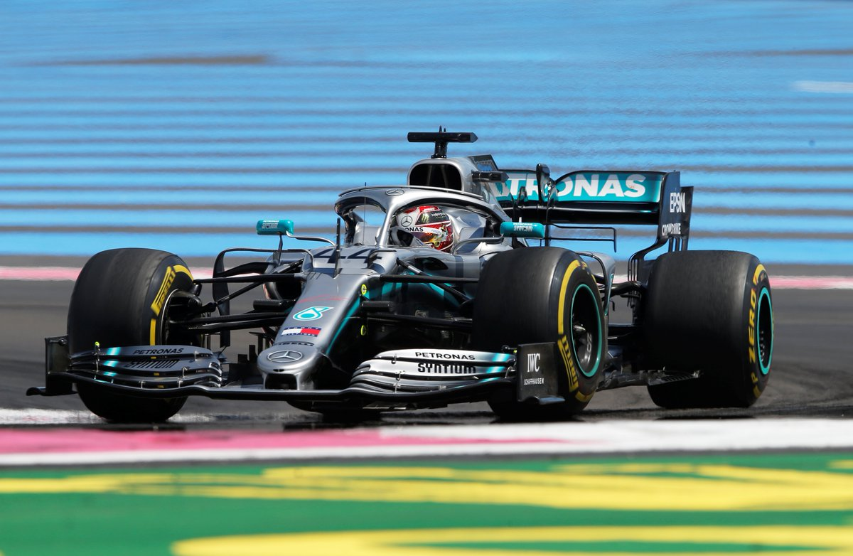 GP da França: Lewis Hamilton lidera de ponta a ponta e dispara na liderança do campeonato https://t.co/IIsGigcipg https://t.co/JV40oz4I9R