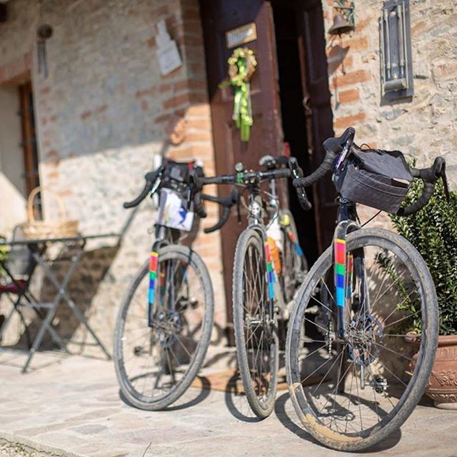 """Adventure"" The magical word for the weekend, go out and explore your world. 📸 @damianifed  #teamcinelli #cinellizydeco #cinelliusa #cinelli #happytomakeanotherriderhappy #peaceandbike #keeponbikinginthefreeworld #cinellifamily #spreadthewinged #ilov… http://bit.ly/2LbULwg"