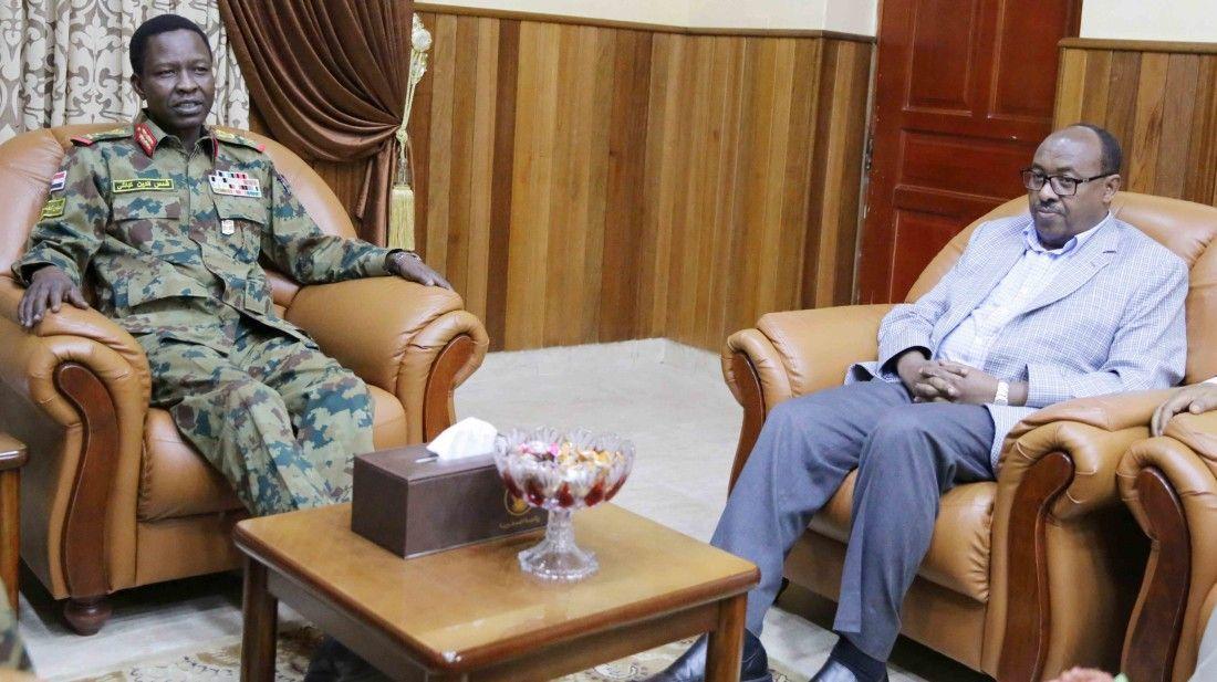 Mueren altos jefes militares y políticos en una intentona golpista en Etiopía https://t.co/s9m6zRAYkH https://t.co/ryD6LOJ7GW