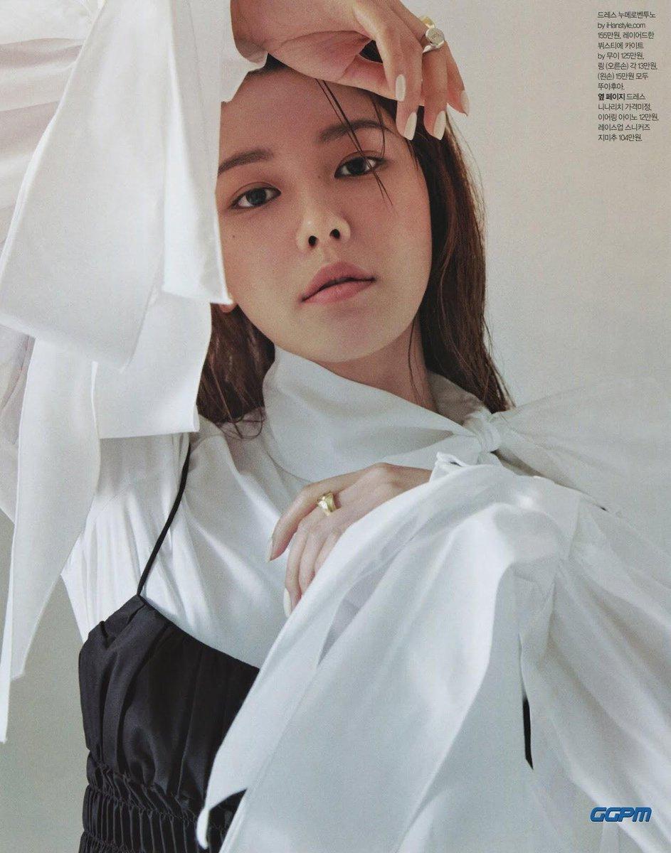 [PHOTO] SCAN Sooyoung- SINGLES Magazine July 2019 Issue D9wfn2UUcAAgWB2