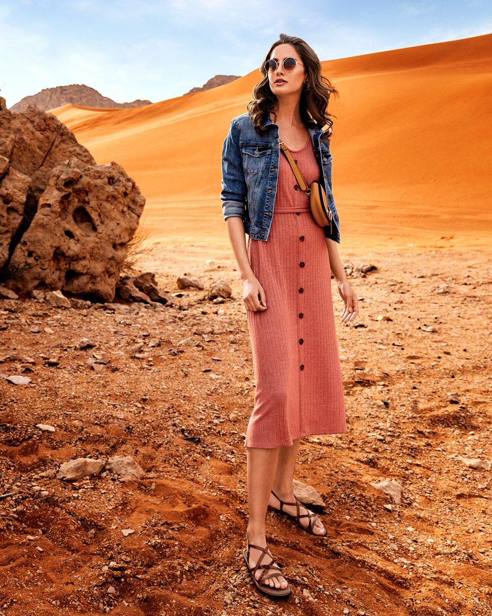 75bd0895e تسوقي من مجموعة الملابس النسائية الآن في المتاجر وأونلاين. Your search for  the perfect summer outfit is over! Shop womenswear now in stores and online.