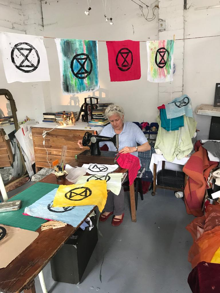 #XRSutton - Reflection, learning and planning for action - 25/06 @Pavilion_BedZED new Rebels 7pm, main meeting 7:30-9pm.  We welcome everyone and every part of everyone  #ActOnClimate  #RebelForLife<br>http://pic.twitter.com/WkmSBDrXMq