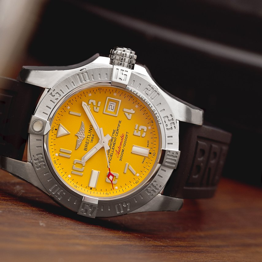 The Breitling Avenger II Seawolf A1733110/I519-153S is sure to stand out with its unique yellow dial.    Find the best discount available for this item at the link below:  https://www.authenticwatches.com/breitling-avenger-ii-seawolf-a1733110-i519-153s.html…  #Breitling #BreitlingAvenger #AuthenticWatches pic.twitter.com/rJbtf11bHB