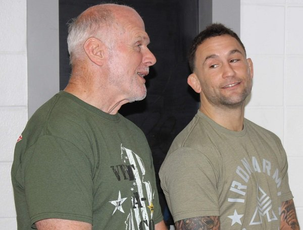.@ShoreNewsNJ the visit of World Champion @ufc fighter @FrankieEdgar to his alma mater, Toms River East HS, where he spent time with his coach, Warren Reid, Lifetime Service award from our New Jersey Chapter in 2012.   Learn more about Warren at http://bit.ly/2WYPlvL