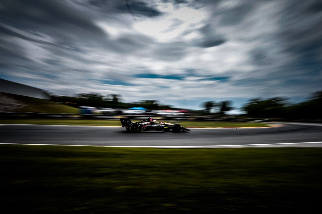 Man I love racing at this place! Ran top 5 all day until some hard wheel to wheel at the end dropped us back to P7. Boys were killer in the stops, @ArrowGlobal car was fast. On to the homeland!  #5ToTheFront // @spmindycar // @hondaracing_hpd // @roadamerica // @indycar<br>http://pic.twitter.com/YAoWRdxCYu