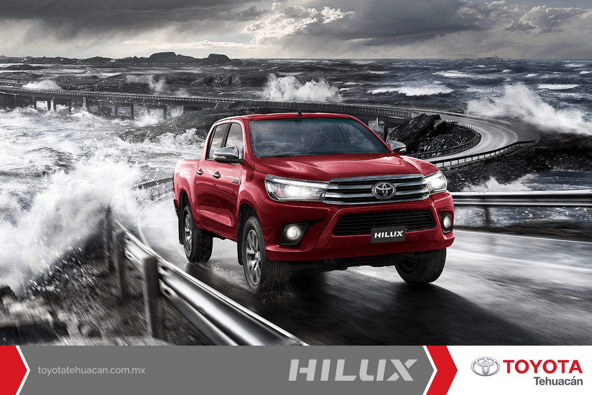 No existe obstaculo que pueda detener su fuerza indestructible. #Hilux es indestructible ¡Atrévete a manejarla!