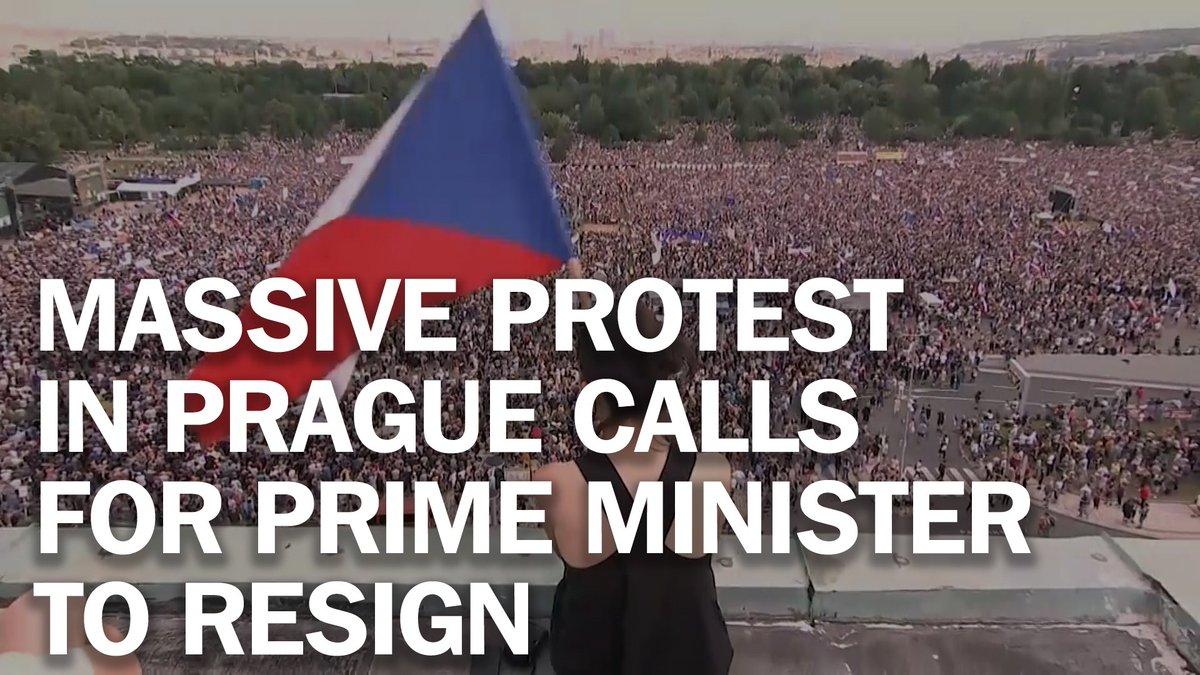 Massive protest in Prague calls for Prime Minister Andrej Babis to resign http://mag.time.com/Kdrt6Uu