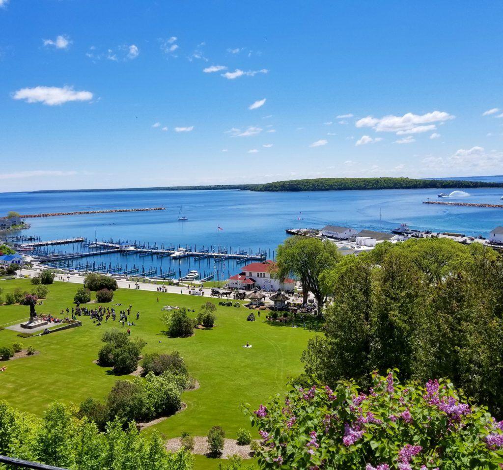 25 Best Things To Do On Mackinac Island in #PureMichigan --> buff.ly/2LYUk62 via @ohiogirltravels #MidwestTravel #MackinacIsland