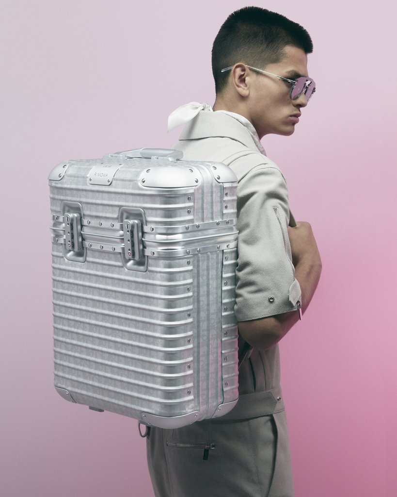 From a champagne case to a backpack, see the #DiorxRIMOWA products for the #DiorSummer20 collection by #KimJones! Featuring the German brand's iconic aluminum grooves mixed with the #DiorOblique print, the pieces are viewable http://on.dior.com/summer20. #PFW  © #JackieNickerson
