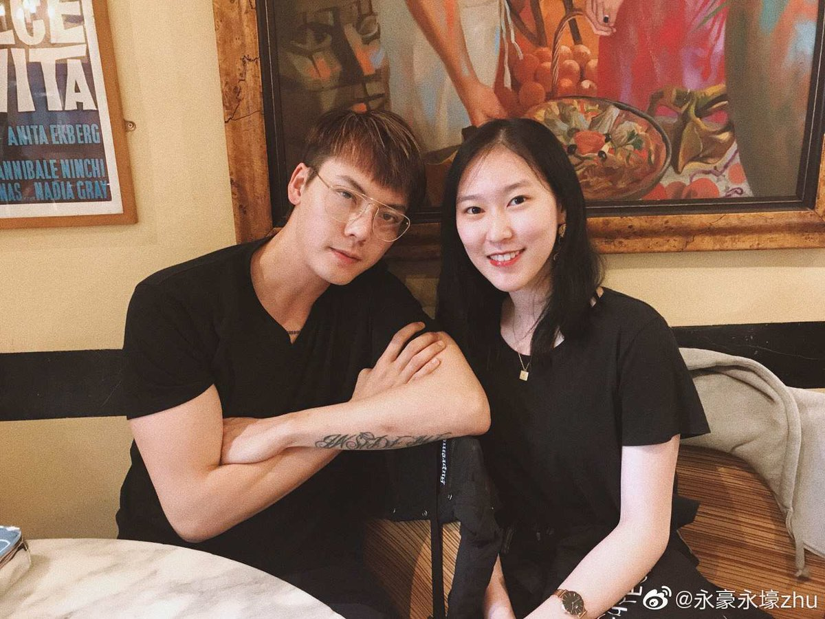 2019-6-23 William Chan ~ #London,England CR:Sina Weibo @ 永豪永壕zhu #陳偉霆 #williamchanwaiting #williamchan #陈伟霆 #진위정 #ウィリアム・チャン #เฉินเหว่ยถิง #Actor #Singer #Dancer #Fashion